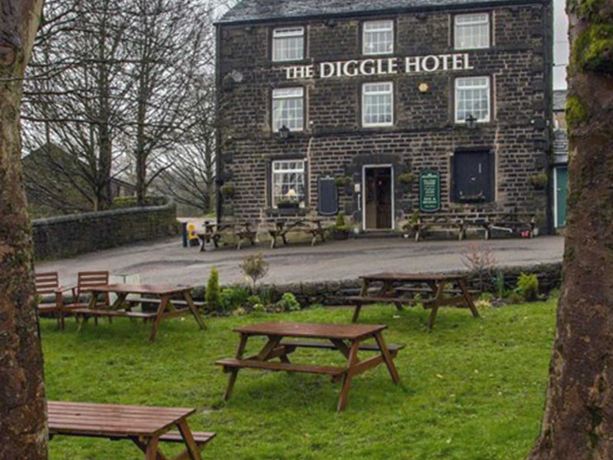 The Diggle Hotel, Diggle