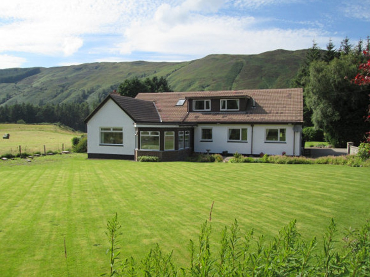 Forest Lodge Guesthouse, South Laggan